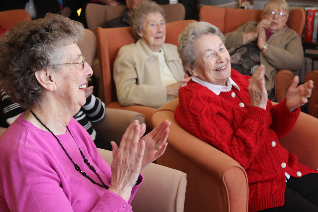In-home Caregiver Los Angeles Senior Citizen Clubs