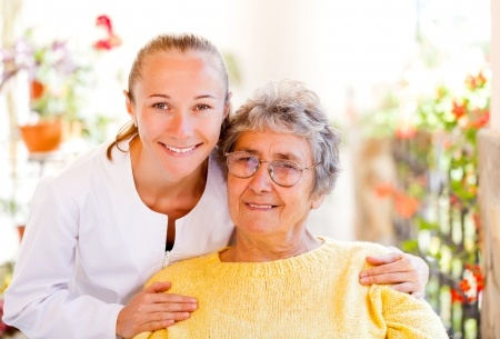 24Hr HomeCare Shifts Available For Los Angeles Seniors