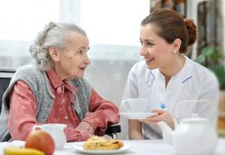 In Home Caregivers For Seniors In Los Angeles